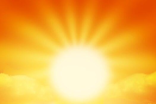 1800x1200_sun_myths_facts_rmq